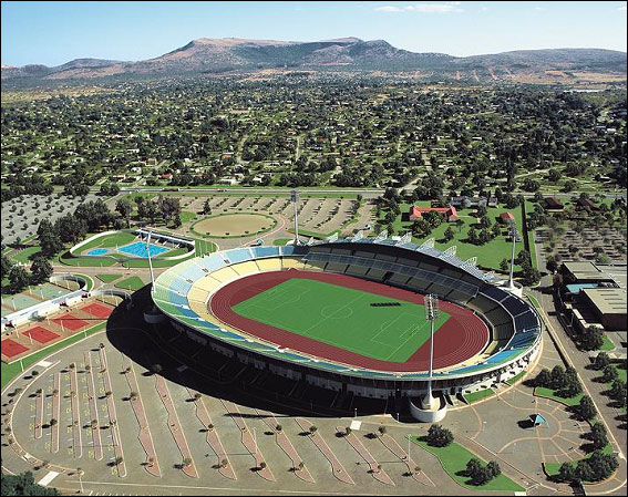 http://historiasdacopa.files.wordpress.com/2009/09/royal-bafokeng-stadium-em-rustenburg.jpg
